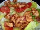 Salata colorata cu pui