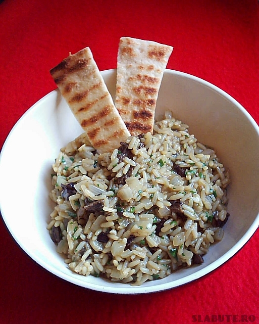 salata orez Salata calda de orez