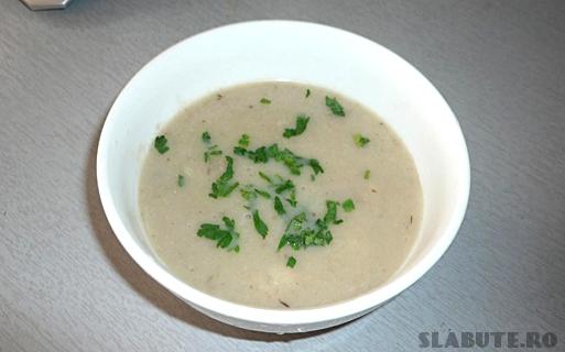 supa crema ciuperci Supa crema de ciuperci