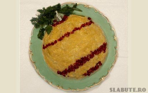 salata glob brad Salata de Craciun Glob brad