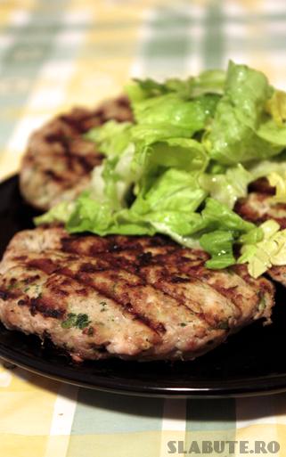 burger porc detaliu Burger dietetic de porc